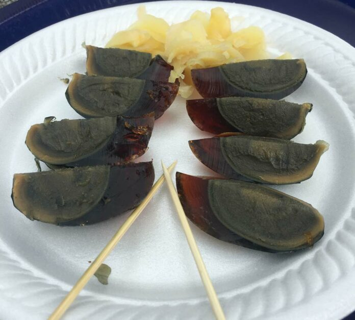 Weirdest-Bizarre-Foods-of-the-World